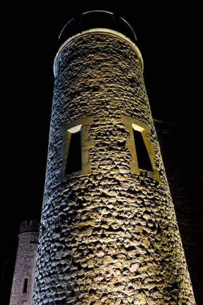 Wall Art - Photograph - Tower Of London Night View by David Pyatt