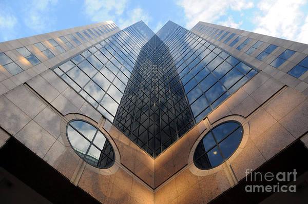 Towering Modern Skyscraper In Downtown Art Print