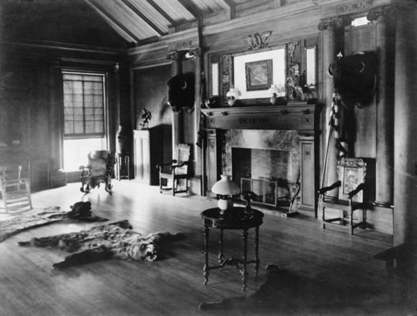 Sagamore Wall Art - Photograph - Trophy Room At Sagamore Hill, Summer by Everett
