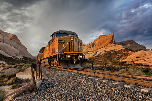 Photograph - Union Pacific 6807 by Peter Tellone