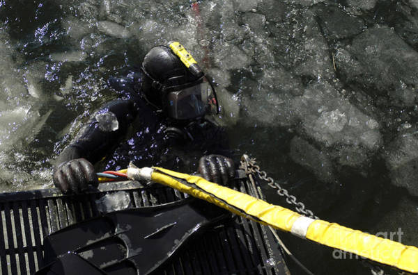 Photograph - U.s. Navy Diver Gets Ready To Start by Stocktrek Images