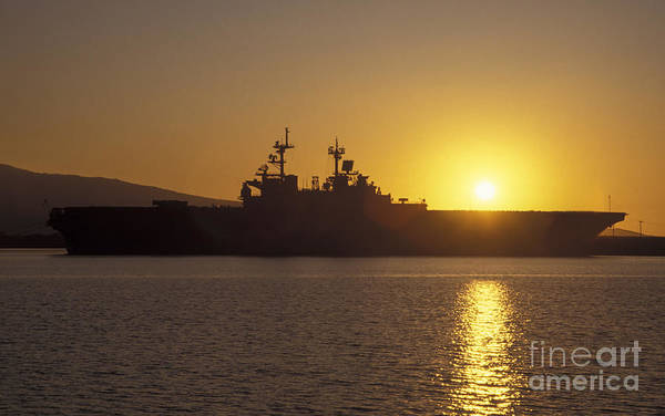 Amphibious Assault Ship Wall Art - Photograph - Uss Tarawa Pierside As The Sun Sets by Michael Wood