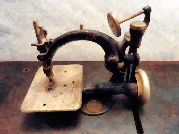 Photograph - Victorian Sewing Machine by Susan Savad
