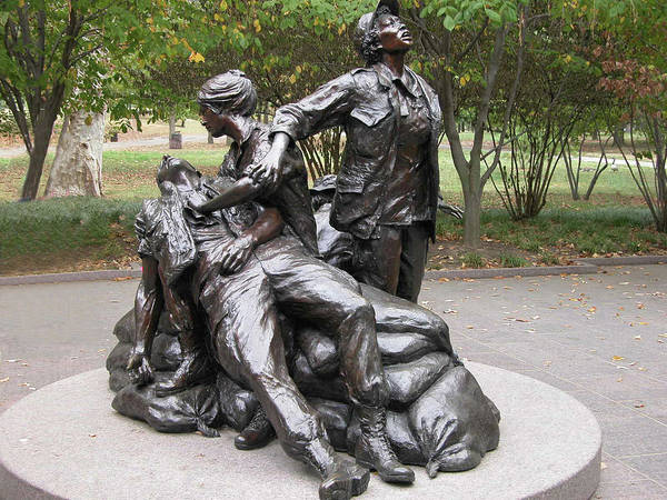 Photograph - Vietnam Women's Memorial by Guy Whiteley