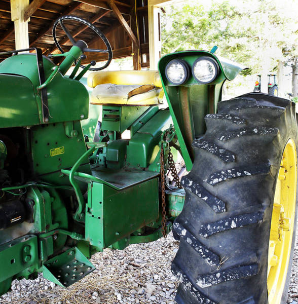 Photograph - Vintage John Deere Tractor by Marilyn Hunt