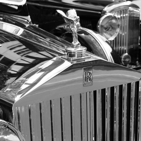 Photograph - Vintage Rolls Royce 2 by Andrew Fare
