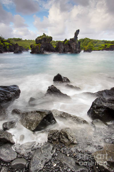 Photograph - Wainapapa State Park Hana Maui Hawaii by Dustin K Ryan