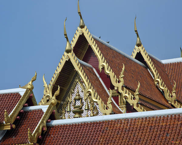 Phra Phrom Photograph - Wat Tri Thotsathep Ubosot Gable Dthb1264 by Gerry Gantt
