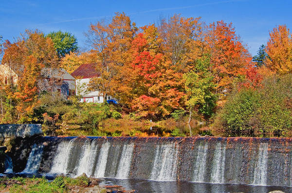 Photograph - Waterfall Close Autumn by Larry Landolfi