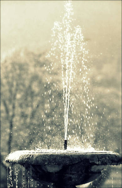 Photograph - Waterfountain by Emanuel Tanjala