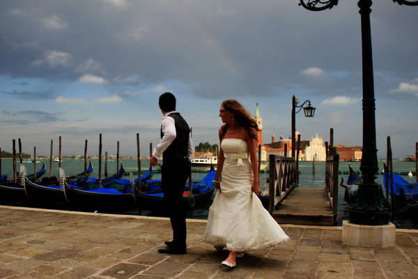 Photograph - Wedding In Venice by Andrew Fare