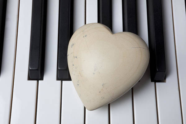 Compose Wall Art - Photograph - White Stone Heart On Piano Keys by Garry Gay
