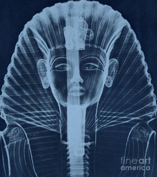 Photograph - X-ray Of An Egyptian Mask by Photo Researchers