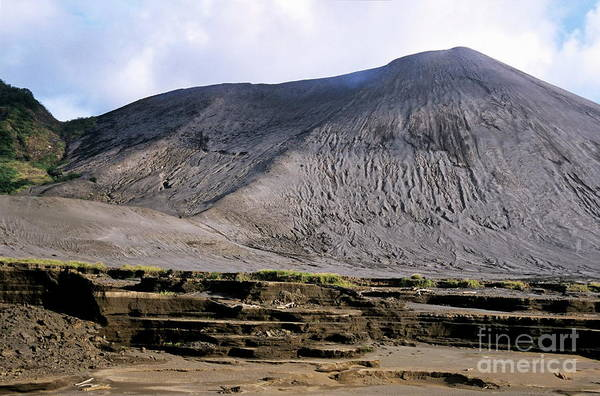 Yasur Photograph - Yasur Volcano by Sami Sarkis