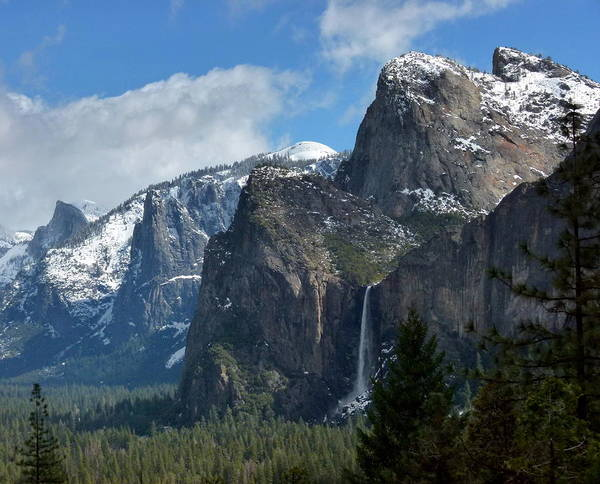 Photograph - Yosemite Valley View In Winter by Jeff Lowe