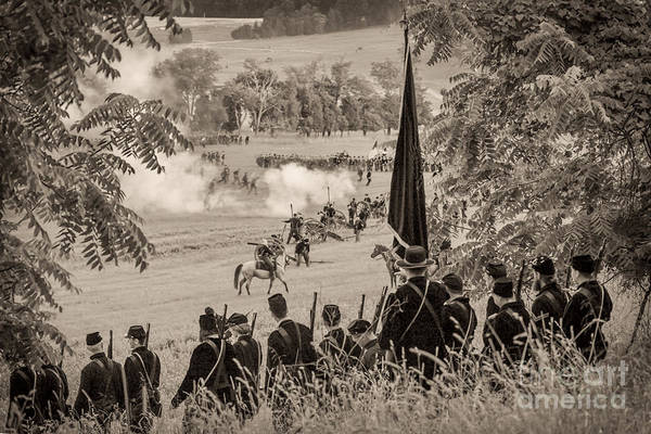 Photograph -  Gettysburg Union Artillery And Infantry 7457s by Cynthia Staley