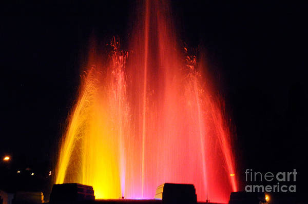 Mulholland Photograph -  Mulholland Fountain by Clayton Bruster