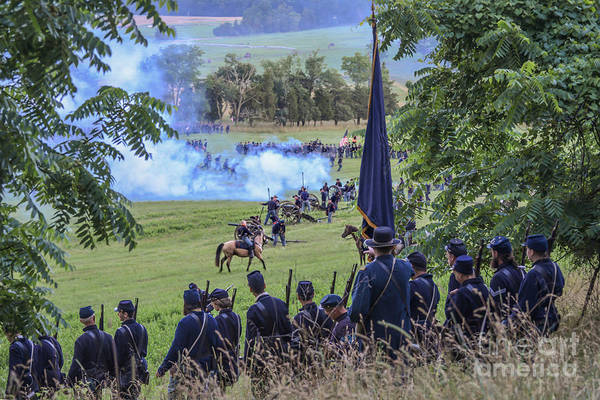 Photograph -  Gettysburg Union Artillery And Infantry 7457c by Cynthia Staley