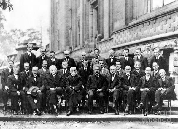Wall Art - Photograph - 5th Solvay Conference Of 1927 by Science Source