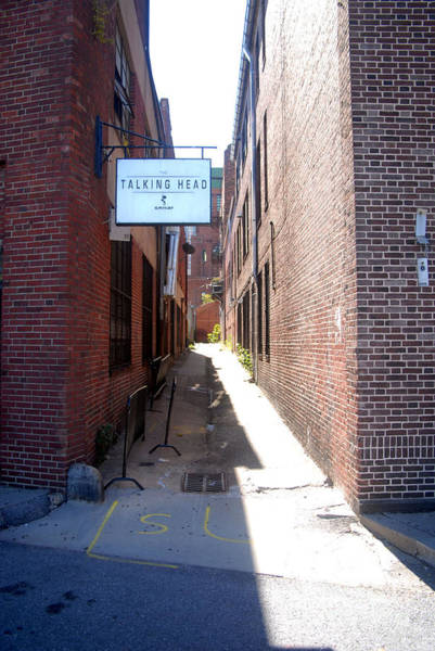Photograph - Alleyway 4 by Walter Neal