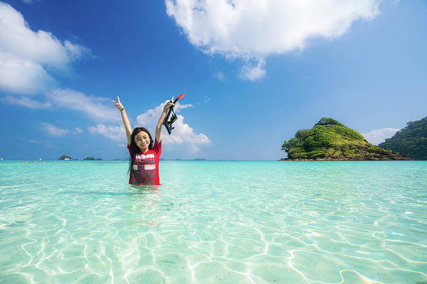 Koh Phi Phi Wall Art - Photograph - Asian Girl Swimming In Kam Beach by Anek Suwannaphoom