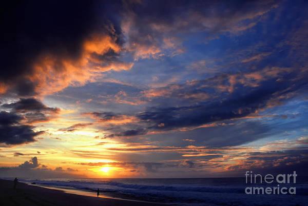 Photograph - Banzai Beach Sunset by Thomas R Fletcher