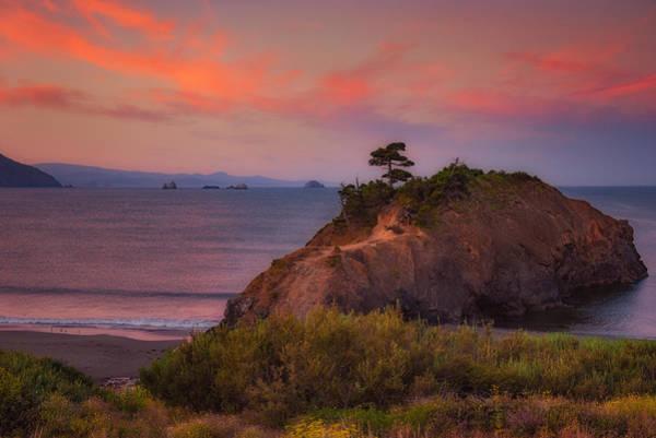 Photograph - Battle Rock Sunrise by Darren White
