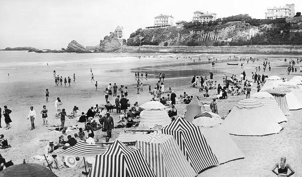 Wall Art - Photograph - Biarritz On The Bay Of Biscay by Underwood Archives