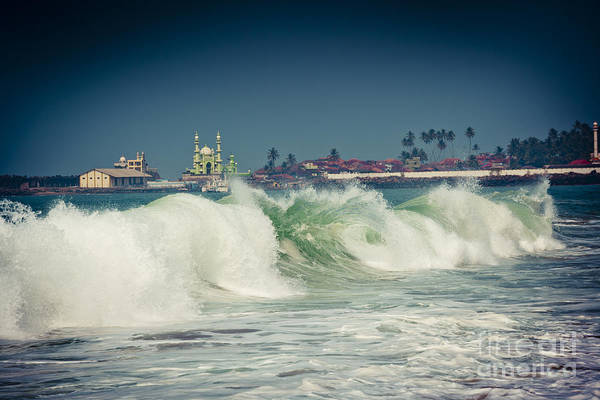 Big Wave On The Coast Of The Indian Ocean Kerala India Art Print