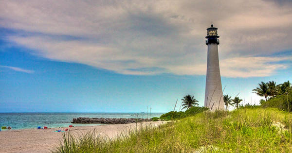 Key Biscayne Photograph - Cape Florida Lighthouse by William Wetmore