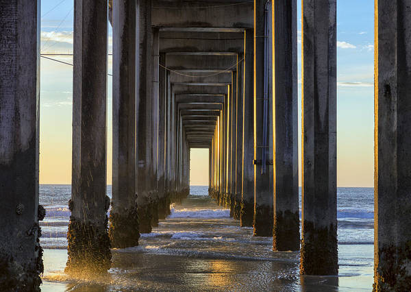 Scripps Pier Photograph - Catching The Sun by Joseph S Giacalone
