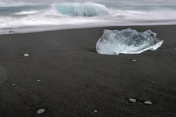Photograph - Diamonds Floating In Beaches, Iceland by Pradeep Raja PRINTS