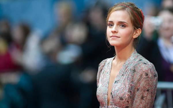 Portrait Digital Art - Emma Watson by Maye Loeser