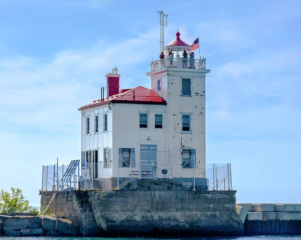 Photograph - Fairport Harbor Lighthouse by Jack R Perry