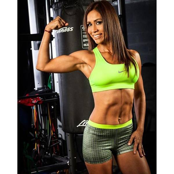 Woman Wall Art - Photograph - Fitness Trainer @carlamagallanes by Juan Silva