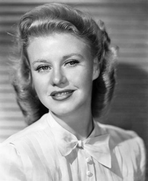 Photograph - Ginger Rogers (1911-1995) by Granger