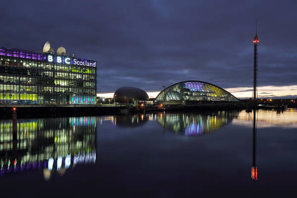 Photograph - Glasgow River Clyde At Sunset by Maria Gaellman