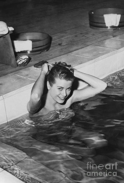 Photograph - Grace Kelly by Photo Researchers
