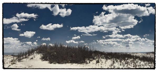 Hunting Island Wall Art - Photograph - Hunting Island Beach by Robert Fawcett