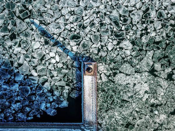 Photograph - Icy Beacon by Randy Scherkenbach