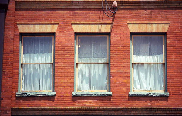 Photograph - Jonesborough Tennessee Three Windows by Frank Romeo