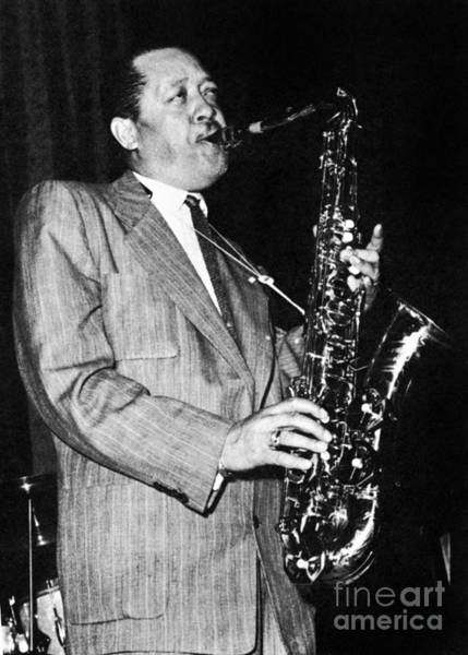 Photograph - Lester Young (1909-1959) by Granger