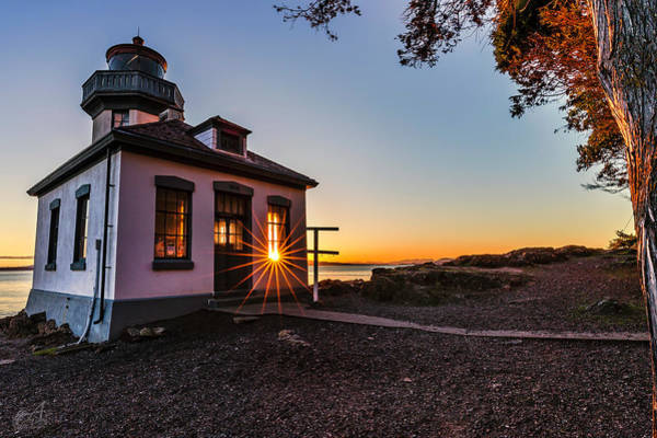 San Juan Islands Wall Art - Photograph - Lime Kiln Lighthouse by Thomas Ashcraft
