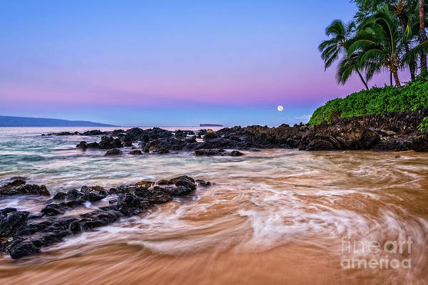 Maui Sunset Photograph - Lunar Paradise by Jamie Pham