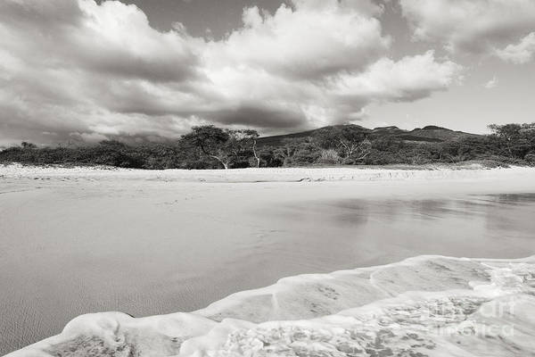 Expanse Photograph - Makena State Park by Ron Dahlquist - Printscapes