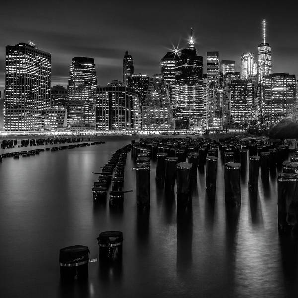 Wall Art - Photograph - Manhattan Skyline At Sunset - Monochrome by Melanie Viola
