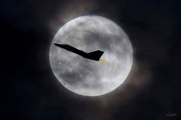 General Dynamics Digital Art - Moondance by Peter Chilelli