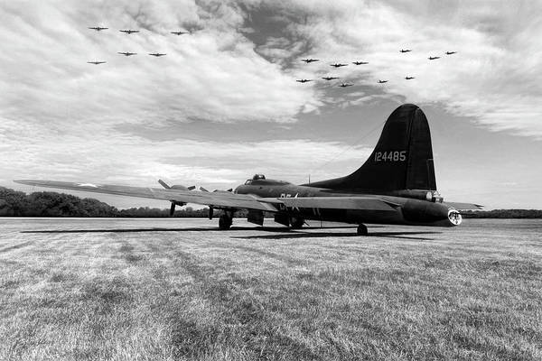 B-17 Bomber Photograph - Morning Belle by Peter Chilelli