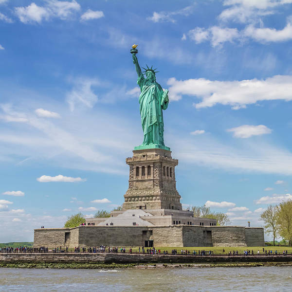Wall Art - Photograph - New York City Statue Of Liberty by Melanie Viola