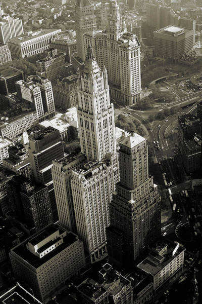 Photograph - New York Woolworth Building - Vintage Photo Art Print by Peter Potter